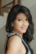Actress Shivani Glamorous Photos-thumbnail-9
