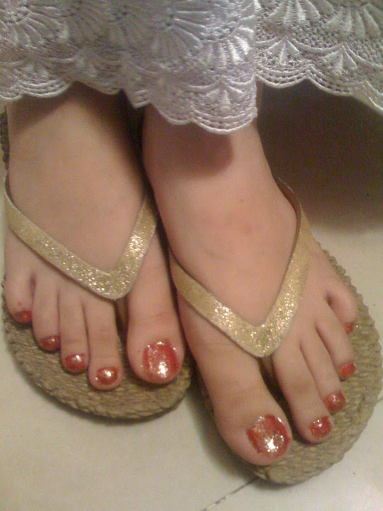 pakistani women feet pics pages