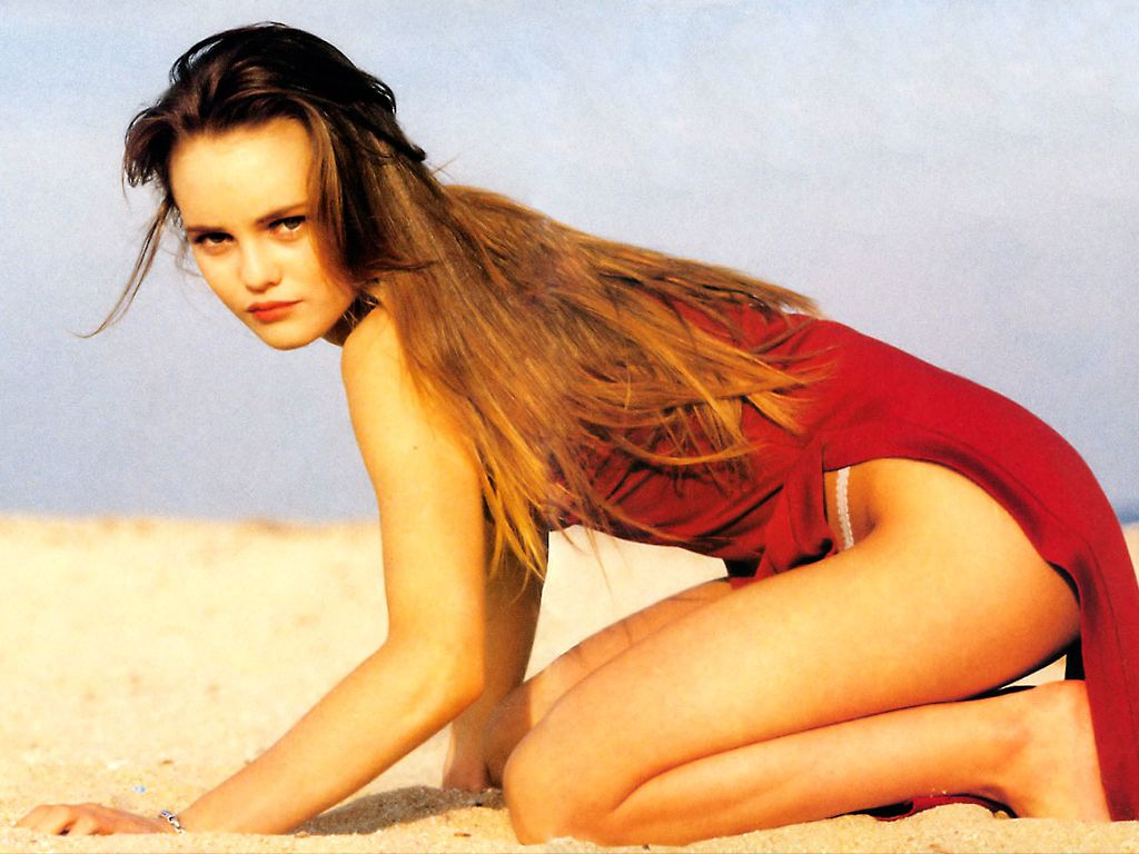 Vanessa Paradis in beach