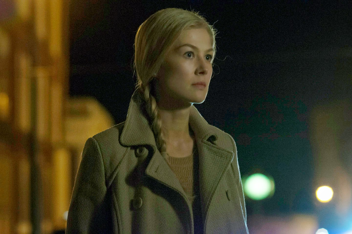 Manila Life Rosamund Pike Fully Titular In Quot Gone Girl Quot