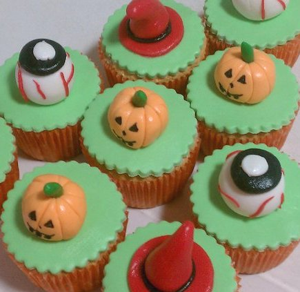 how to make scary halloween cupcakes