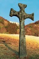 Katolsk steinkross i Gulen