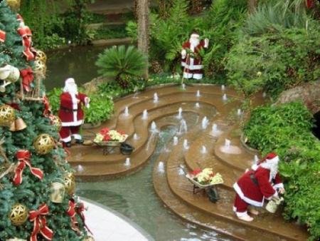 Decoraci n del hogar en navidad beqbe - Decoraciones de jardin ...