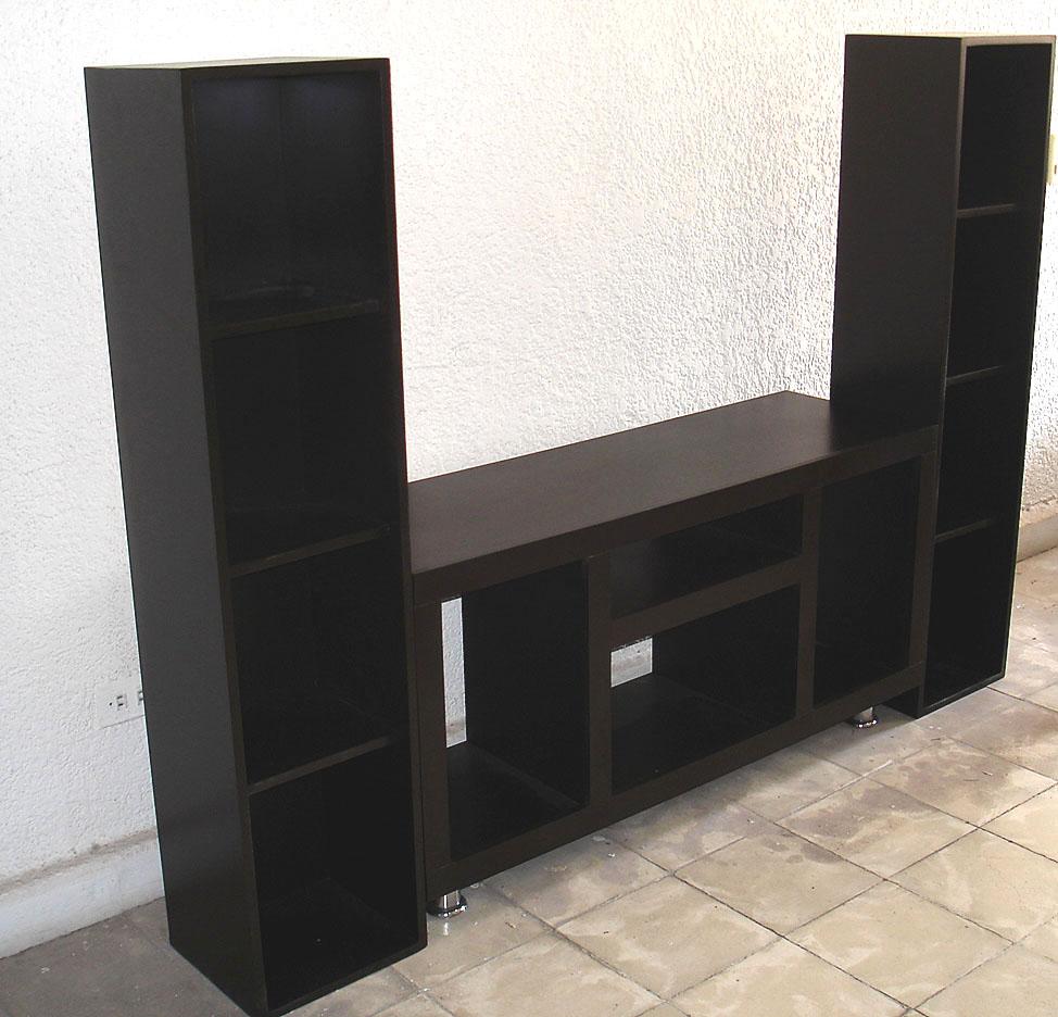 Medidas de mueble para tv for Mueble tv 3 metros