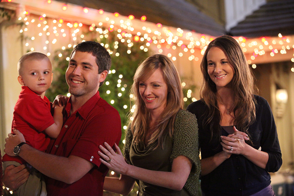 Hanging Off The Wire: The Heart Of Christmas on GMC Nov. 22nd ...