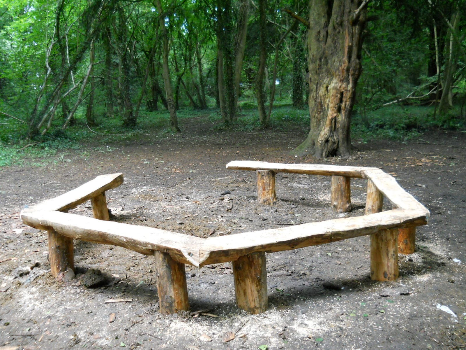 Benches at stoke park lockleaze carvings with stories a blog about woodcarving Fire pit benches