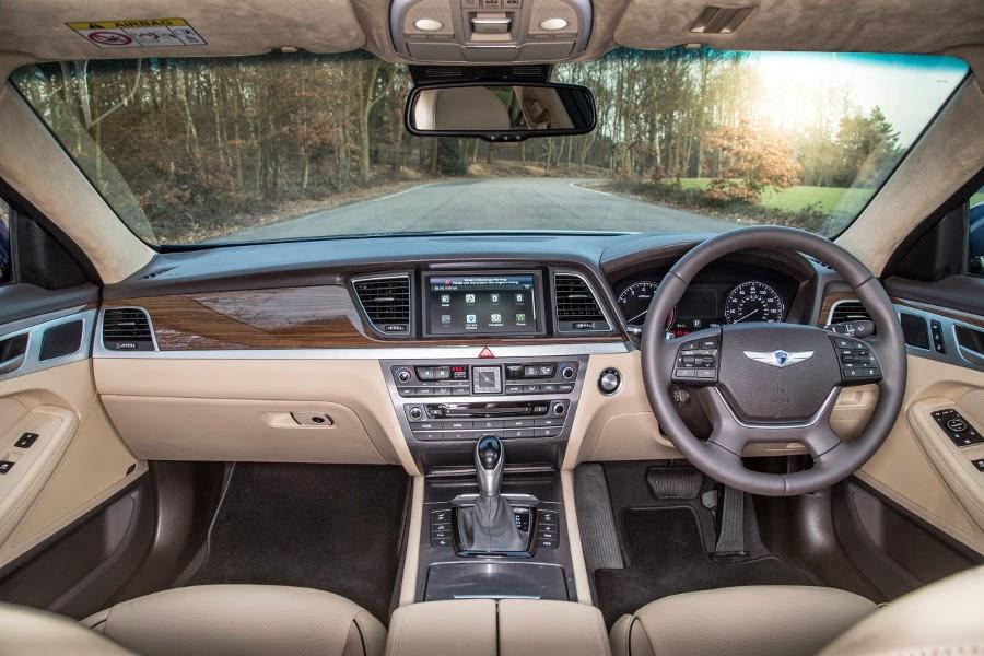 Hyundai Genesis (2015) Dashboard