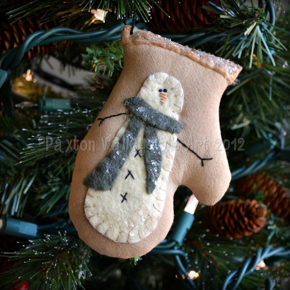 Snowman Mittens Template Snowman mitten ornament.