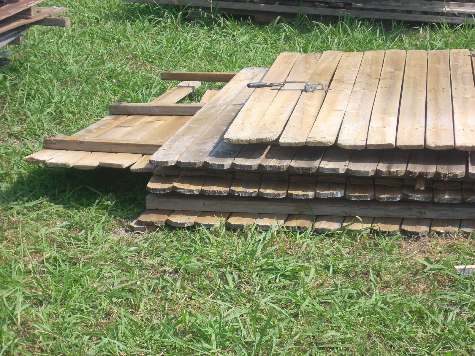 How to Reuse Privacy Fence Boards