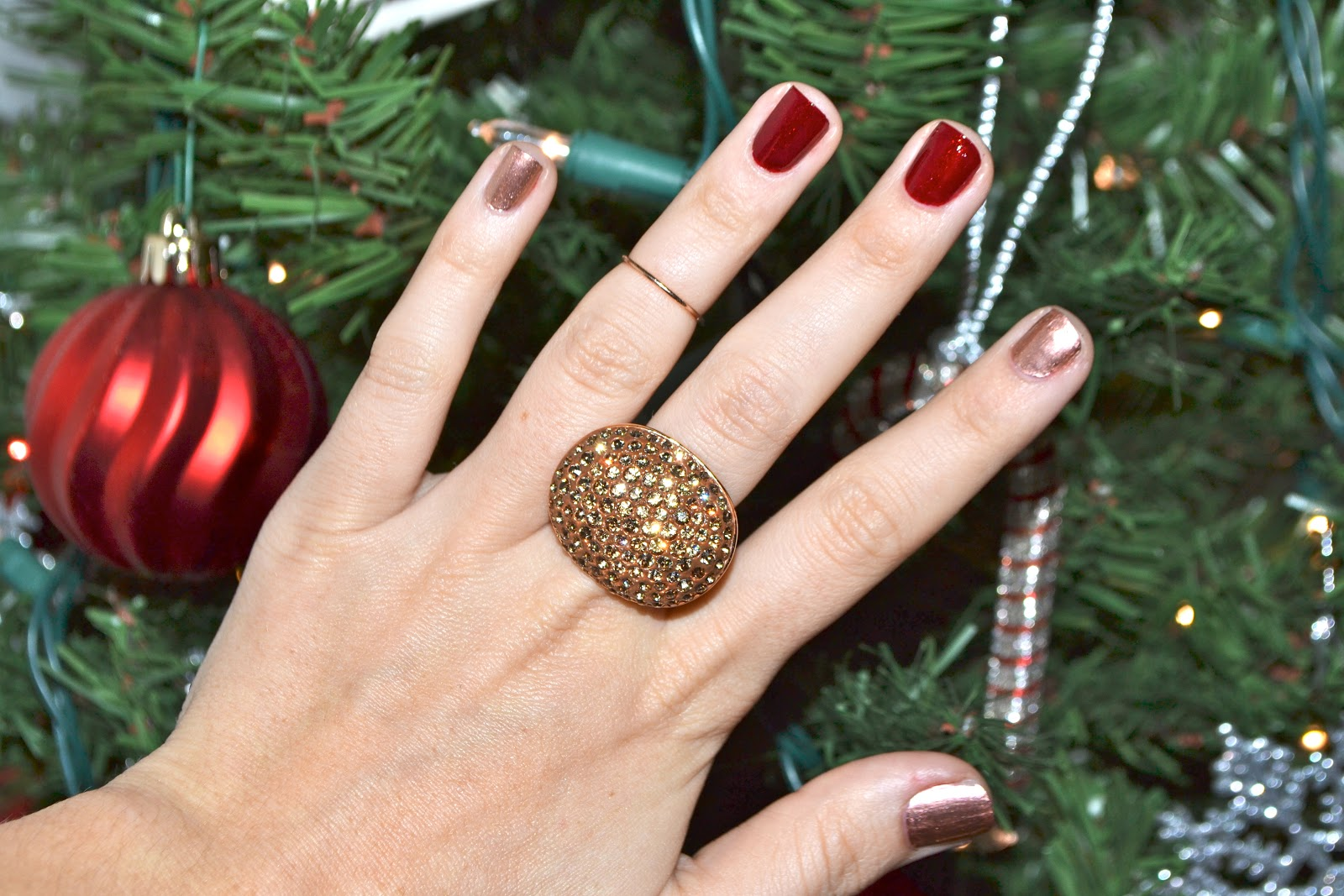 The christmas nail ornament -  Red Posts With My Holiday Red Nails The Picture Just Does Not Do The Justice With How Gorgeous The Red Glitter And The Rose Gold Shimmer Turned Out