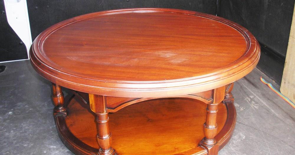 Mesita auxiliar redonda en madera de nogal muebles cansado zaragoza carpintero ebanista - Muebles a medida en zaragoza ...