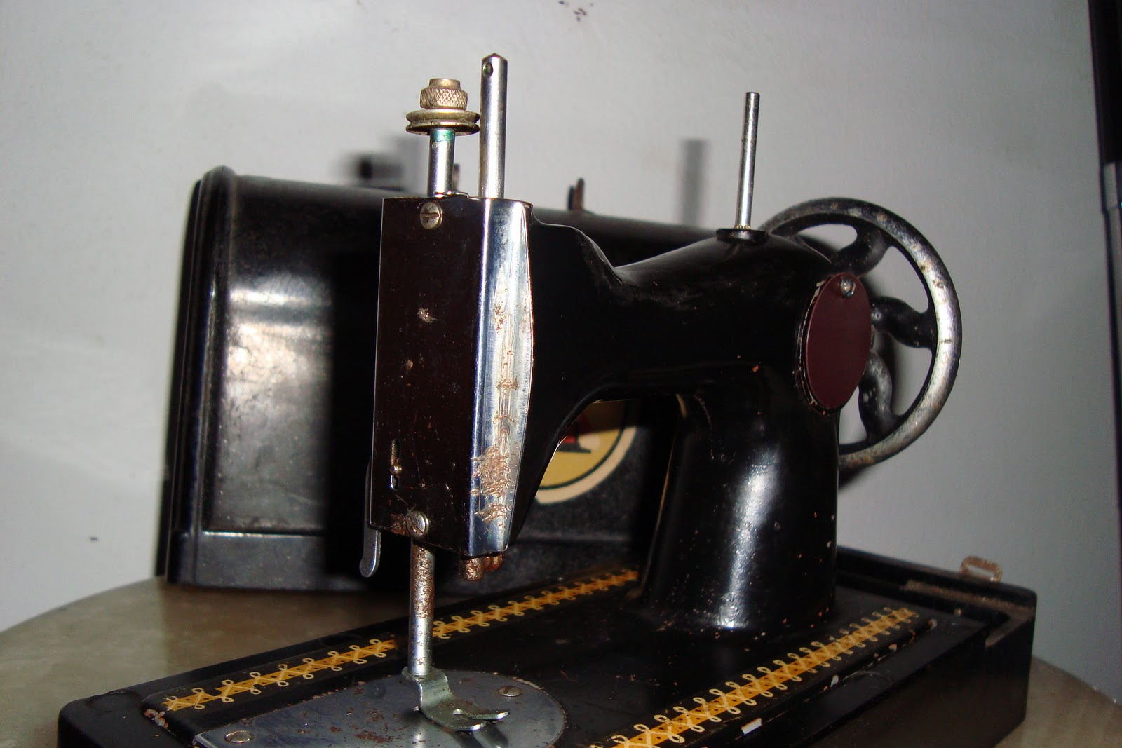 antique small sewing machine