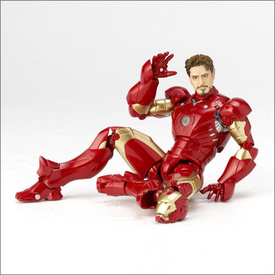 Revoltech Iron Man Mark III Official Images