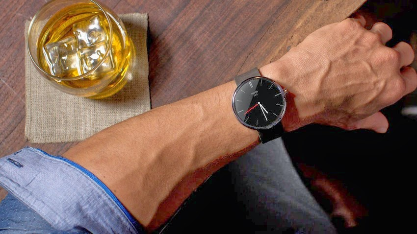 Moto 360 Wrist Watch by Android Wear round analogue
