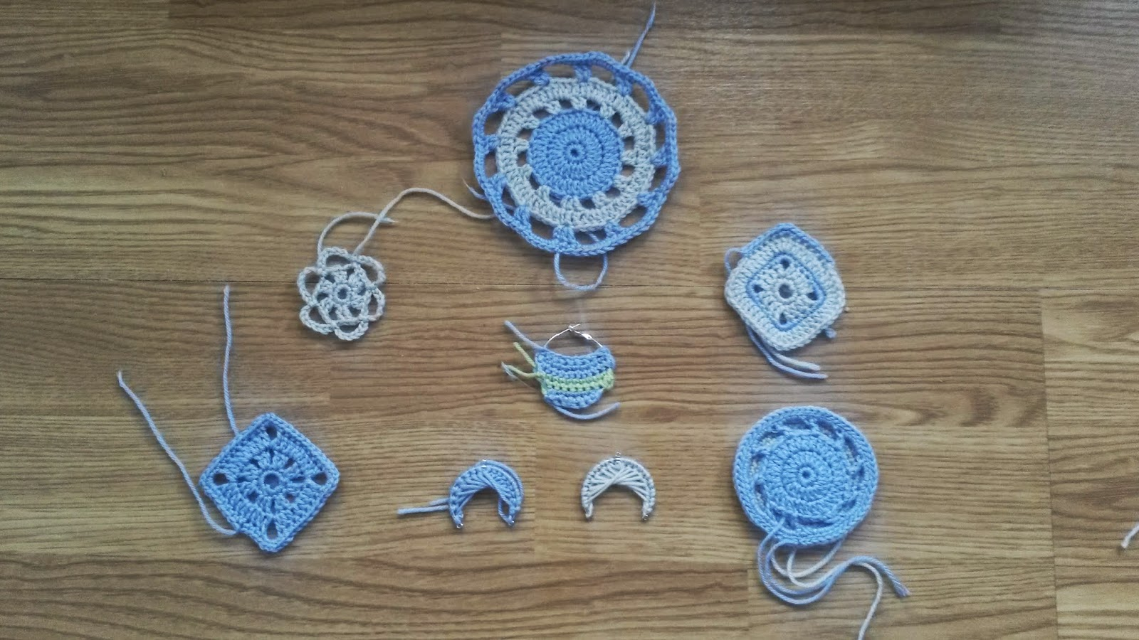 crocheted earring samples by Mrs U Makes