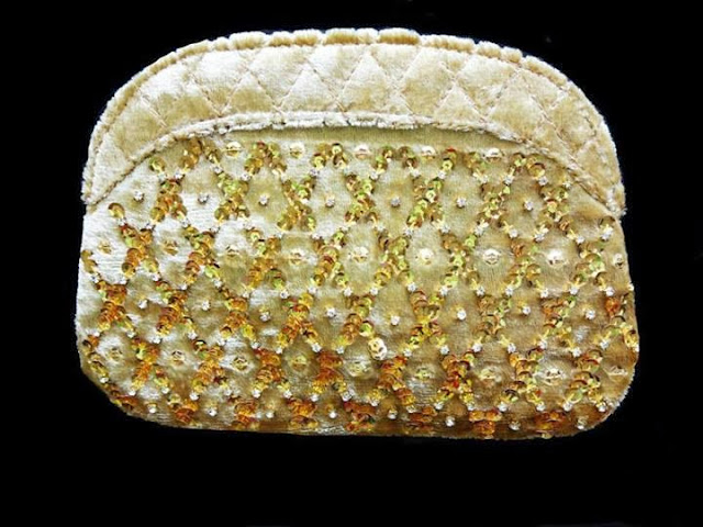 Mahin Hussain Accessories night on the town hand bags and clutches collection,stylish clutches and bags,fancy bags and clutches