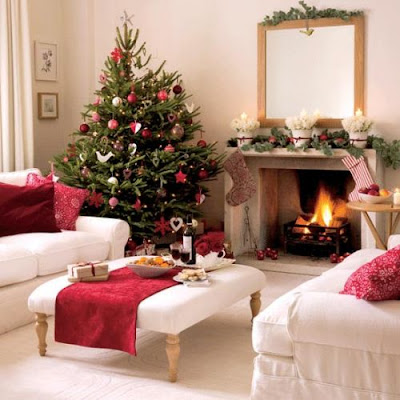 modern decorating ideas for christmas tree red color
