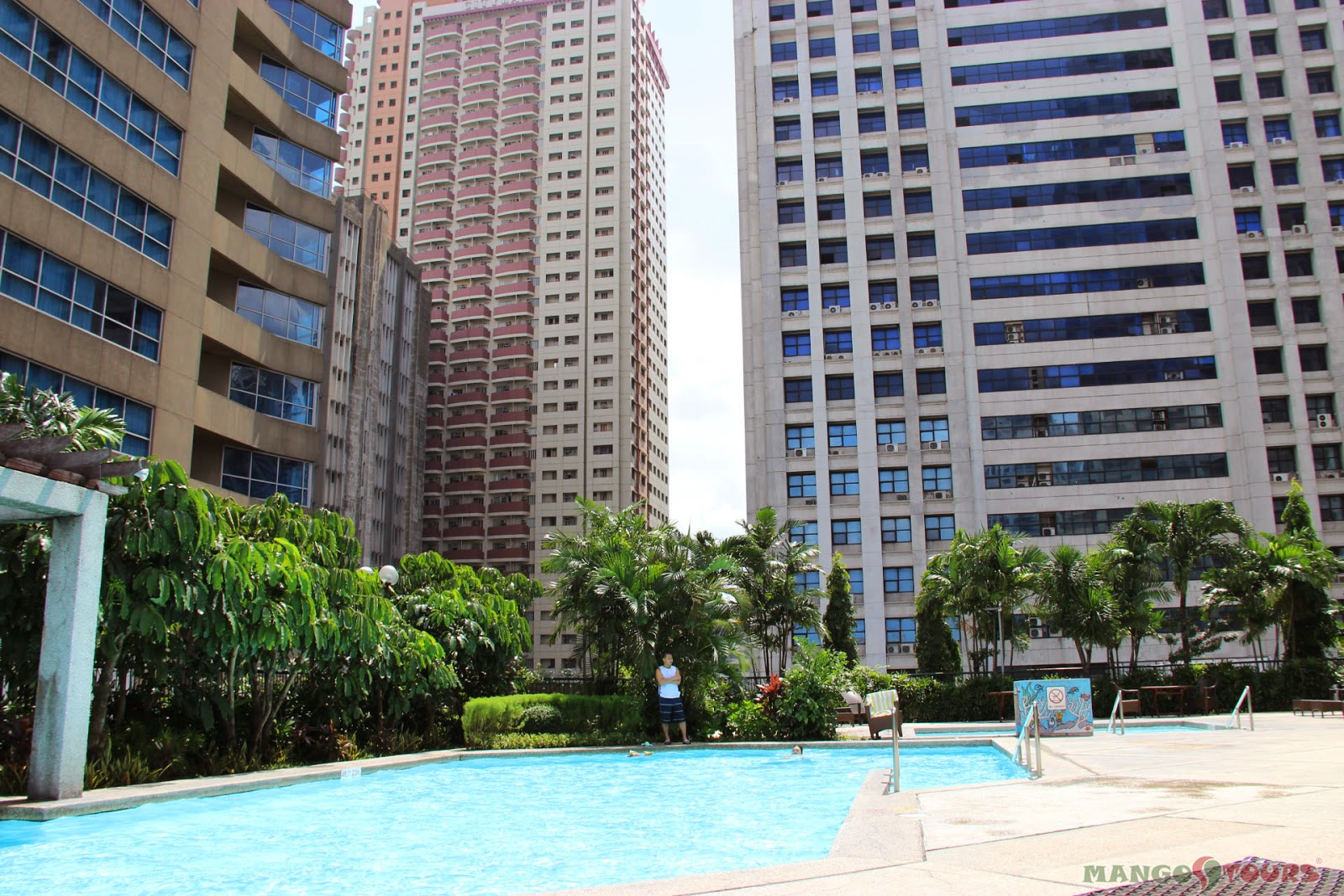 Mango Tours Crowne Plaza Manila Galleria Hotel Philippines outdoor swimming pool