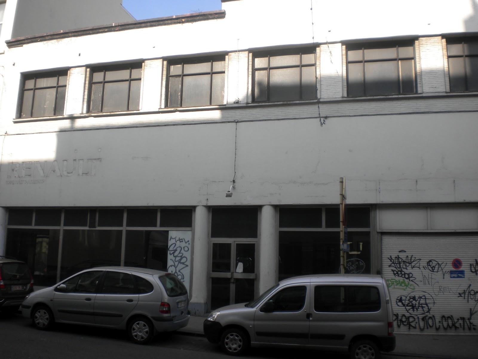 Logementsvides 139 rue h tel des monnaies for Garage renault paris 9