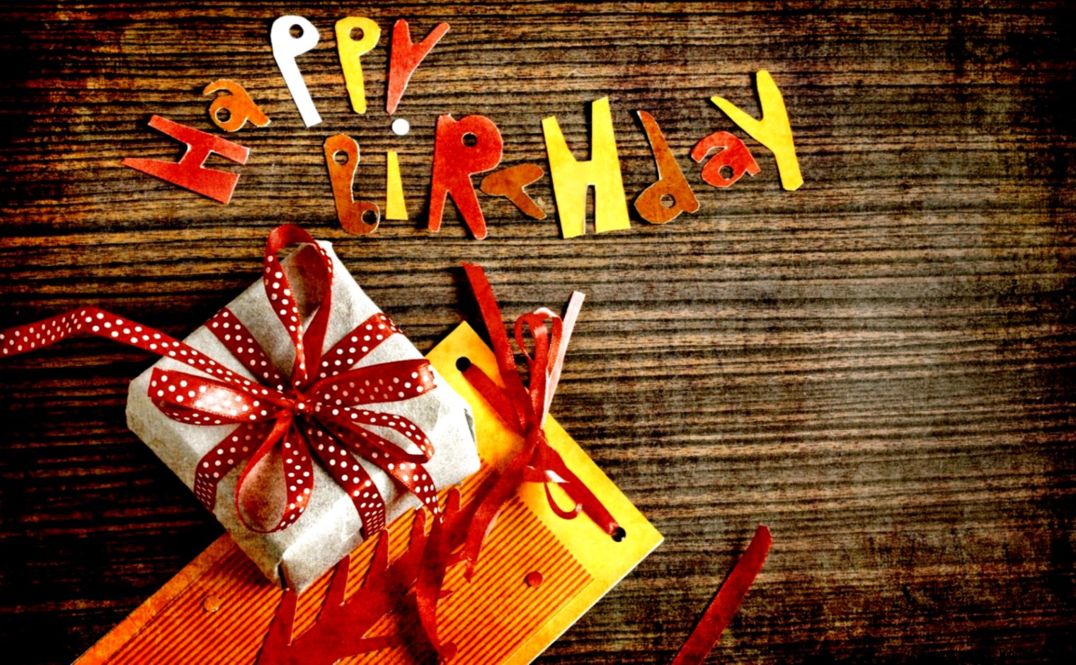 Hd Wallpaper Happy Birthday Gifts Free Hd Wallpapers