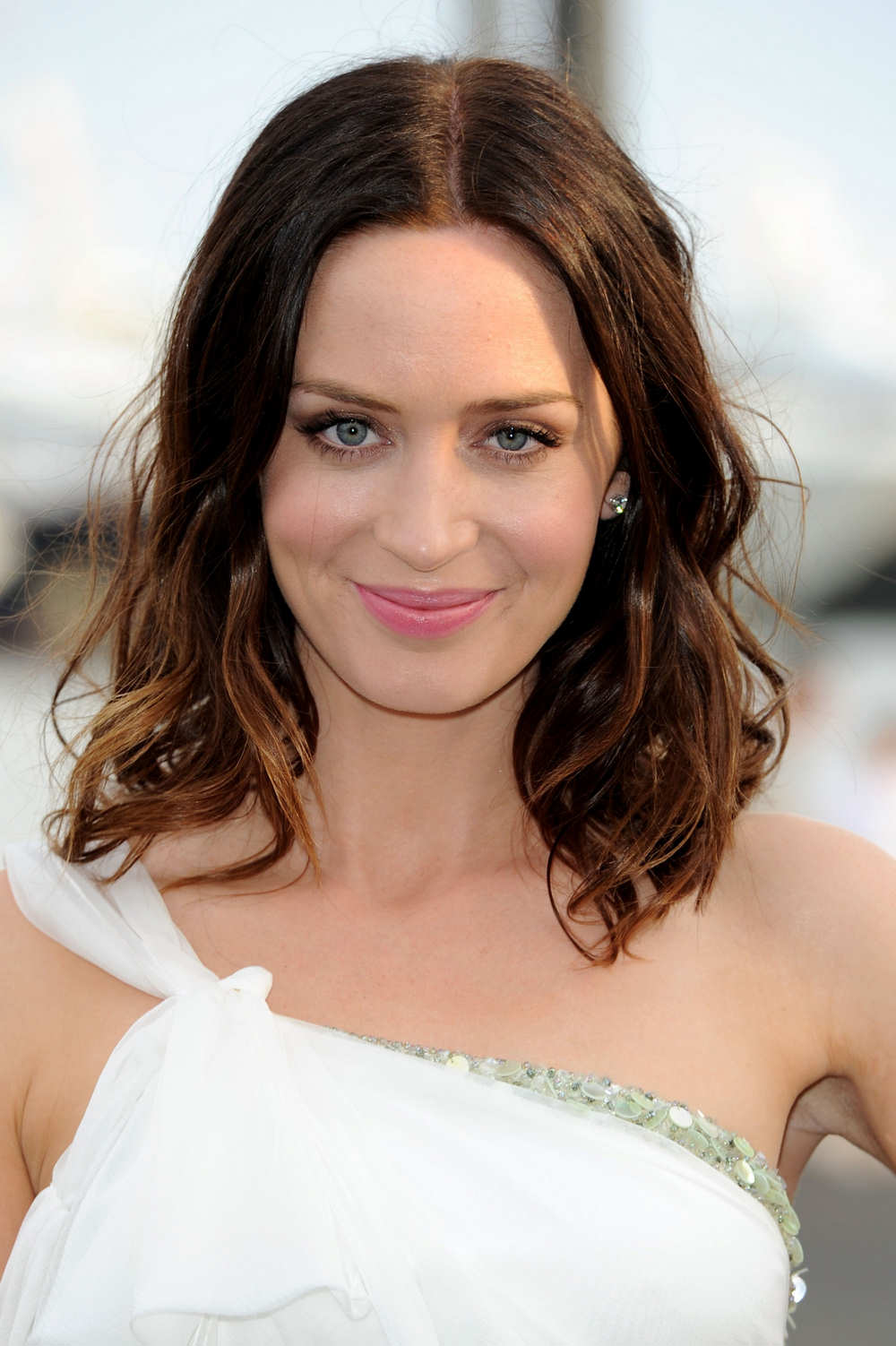 Emily Blunt Hot Wallpa...
