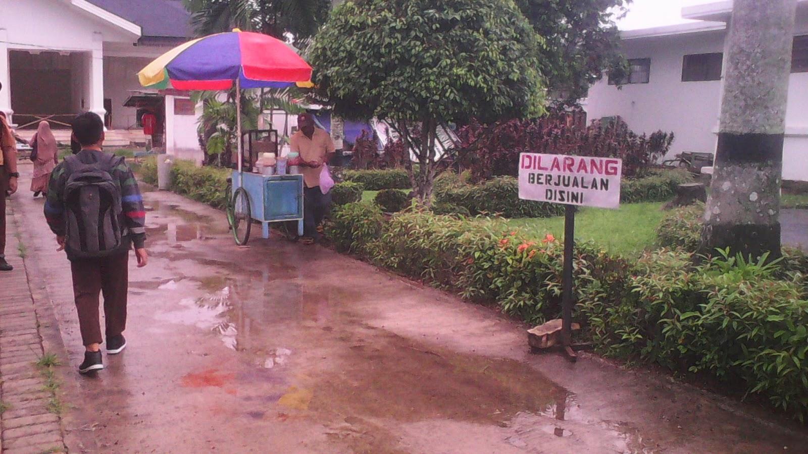 PKL (Pedagang Kaki Lima) Nakal di Kutai Kartanegara