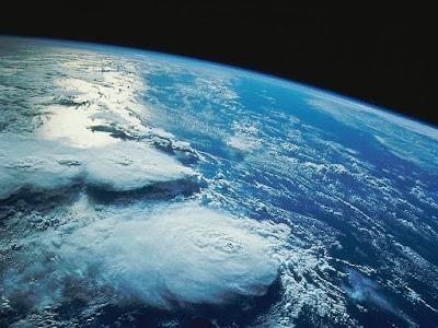 De que é constituída a atmosfera?