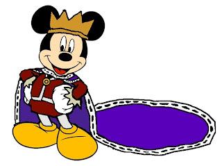 Mickey mouse con gran capa de rey