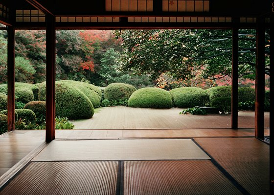 Hellenic and japanese minimalism somali future for Japanese decking garden