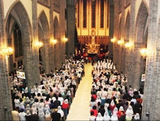 Celebración eucarística en una Iglesia coreana