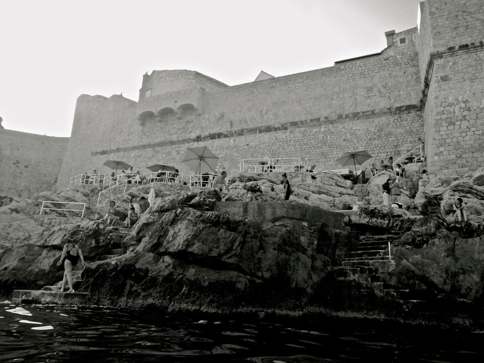 Best things to do in Dubrovnik : Cliff beaches