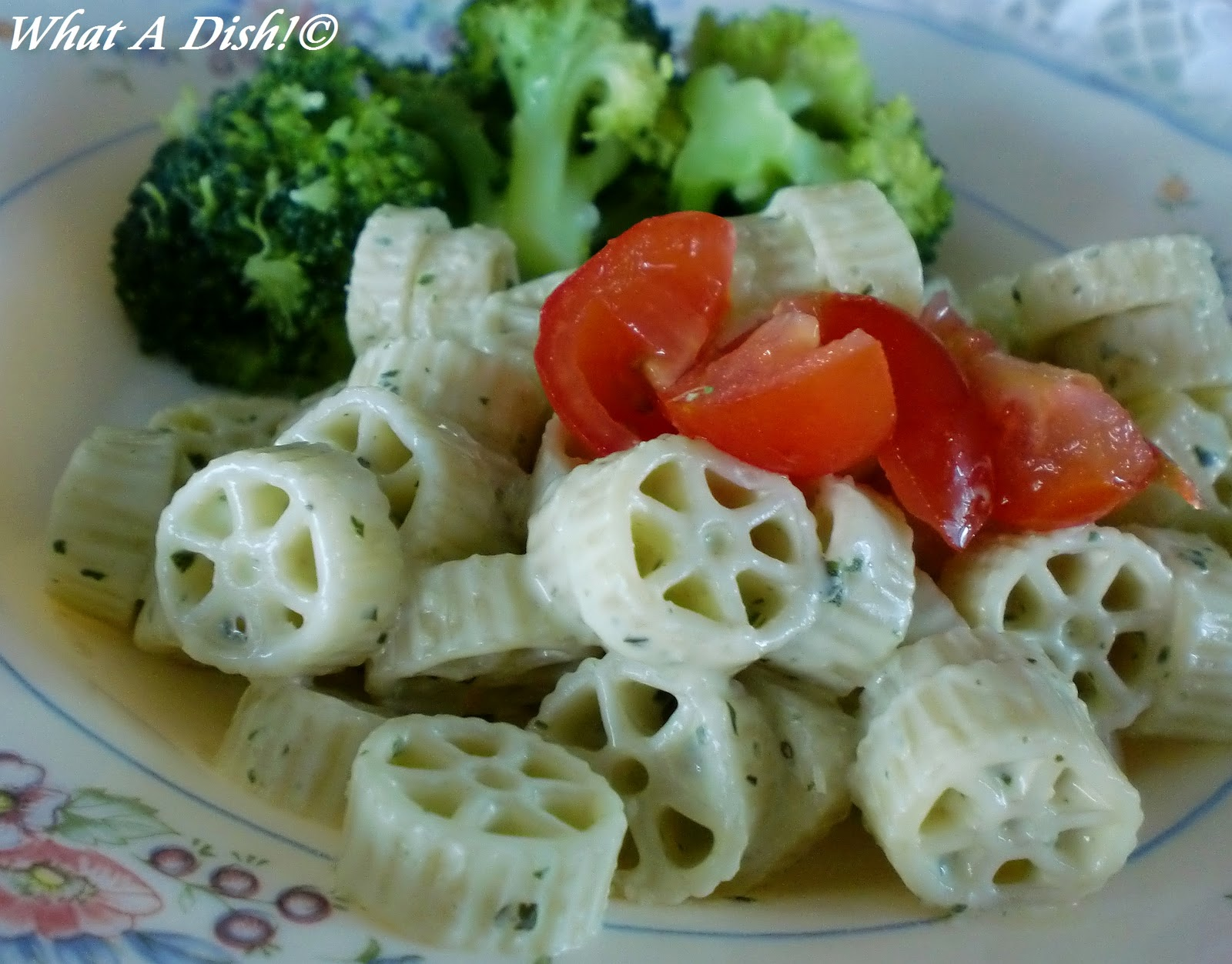 What A Dish!: Creamy Pesto Pasta