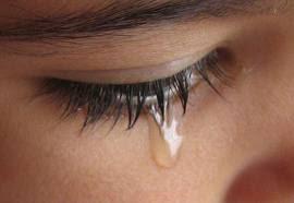 foto-menarik.blogspot.com - Kisah mengharukan, Mandikan Aku Bunda