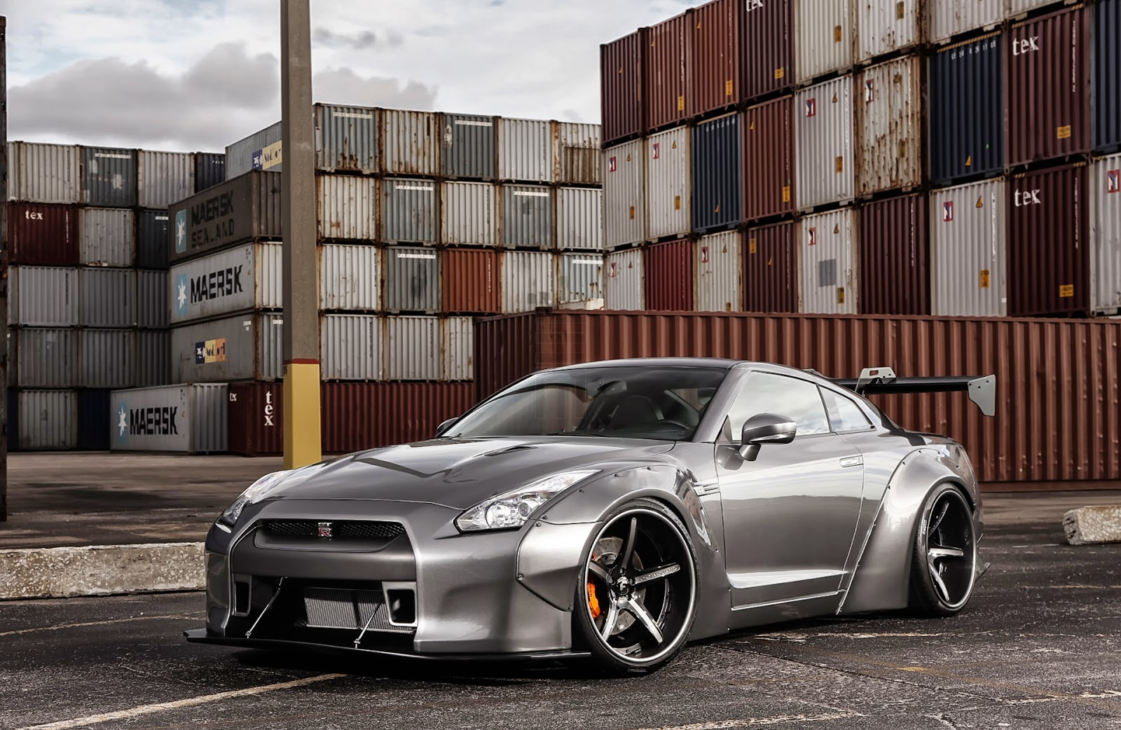 Nissan gt r wide body kit pictures to pin on pinterest for Nissan gtr bodykit