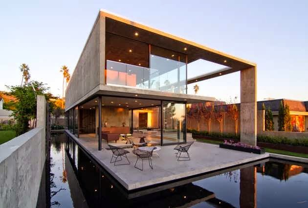 TOP 7 UNIQUE HOUSE DESIGN: SAN DIEGO CONCRETE HOUSE DESIGN WITH THE INTERIOR AND EXTERIOR LIVING SPACES ALMOST EQUALLY DIVIDED