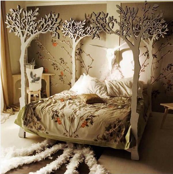 Tempat Tidur dengan Tengkorak Binatang