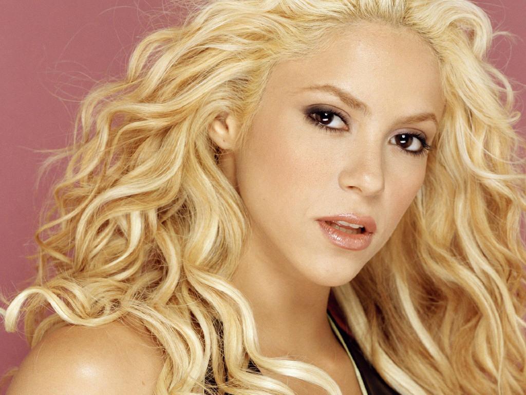 Free Games Wallpapers:... Shakira