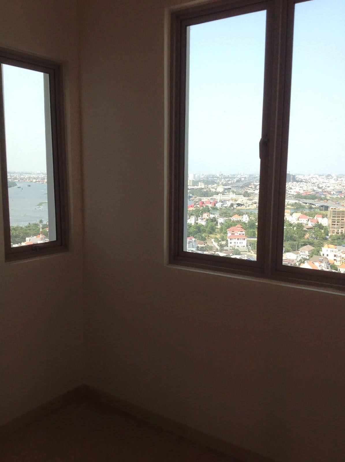 Phòng khách phụ căn hộ The Vista 4 phòng ngủ