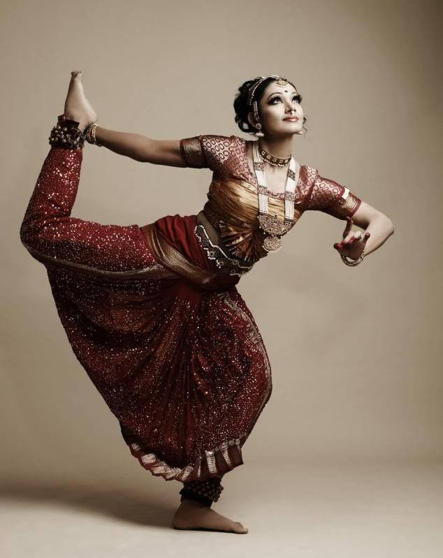 Beautiful Dancing South indian star Shobana