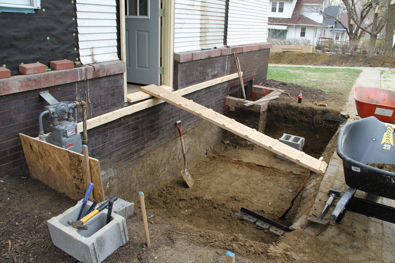 Как построить садовый домик своими руками: пошаговая 79