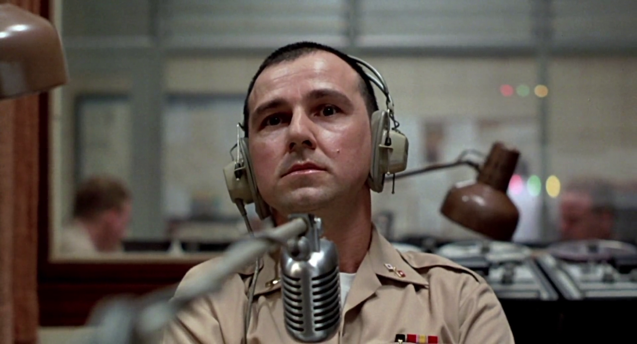 Good Morning Vietnam Hauk : Movie review good morning vietnam the ace black