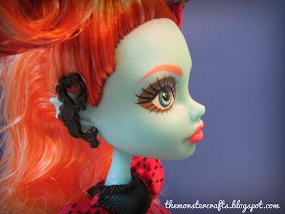 Lorna McNessie earring