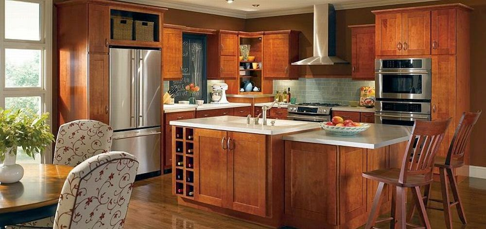 wood maple kitchen cabinets