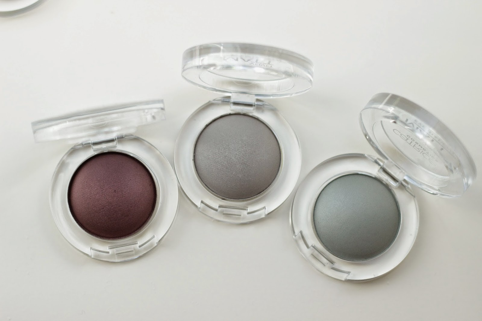 review catrice velvet matt eyeshadow