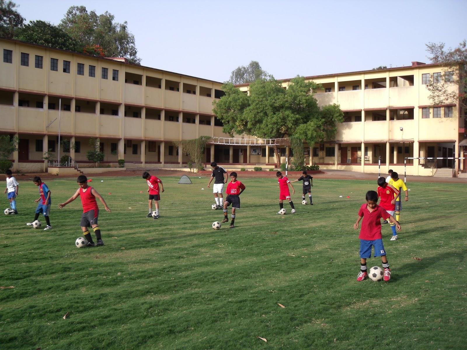 Website : www.nagarvalaschool.org