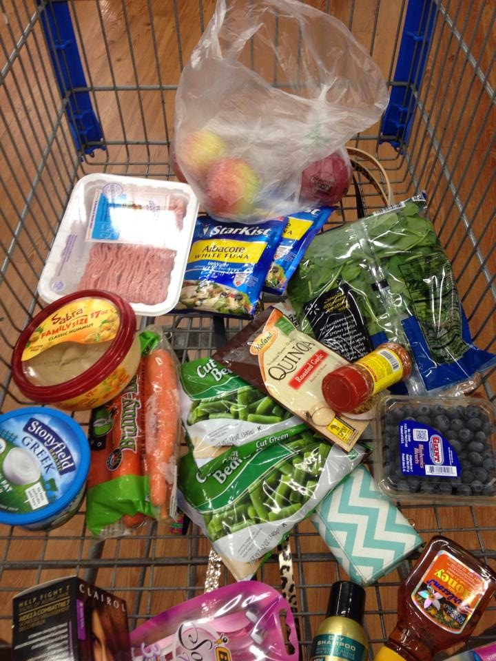 stay on track while on vacation, vacation tips, healthy eating