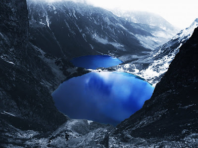 Blue Lake Snow Mountain Wallpaper