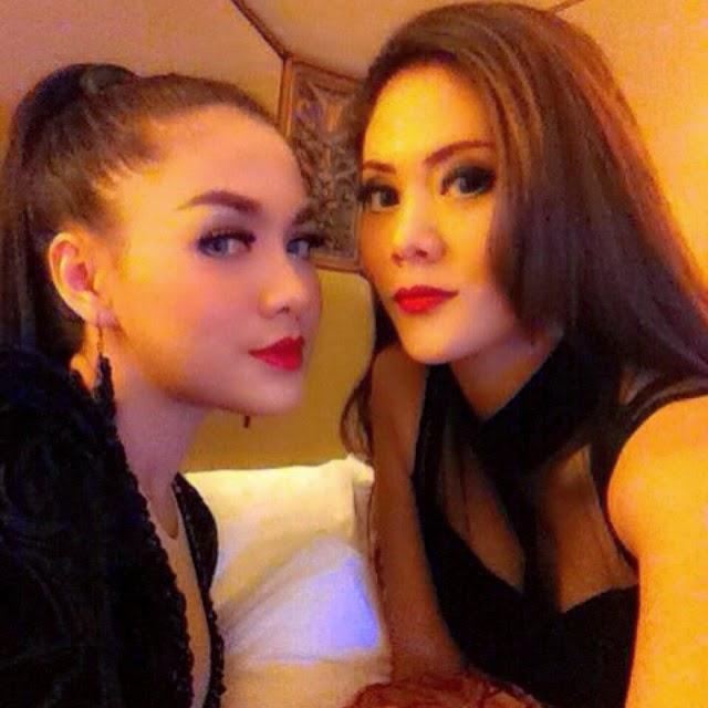 Galeri Foto Selfie Vicky Shu Model dan Penyanyi Cantik ~ Foto Selfie ...