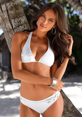 Irina Shayk Swimwear Wallpapers
