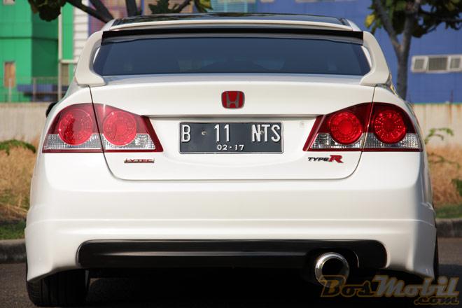 Modifikasi Honda All New Civic , Custom yg Simple title=